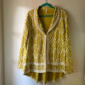 Heathmoor chartreuse blazer with lace trim